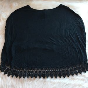 LF Tops - NWT LF Sam & Emma crop top lace edge black small